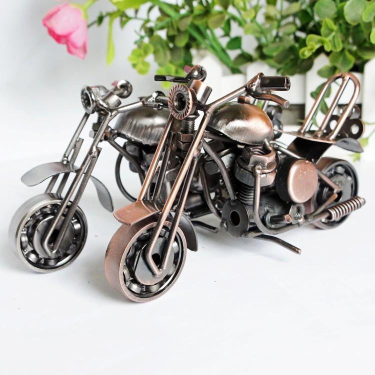 Electroplate metal modelo de la motocicleta de juguete, arte hecho a mano, varios estilos, ornamento colgante para Navidad Kid Regalo de cumpleaños, Recogida, Decoración