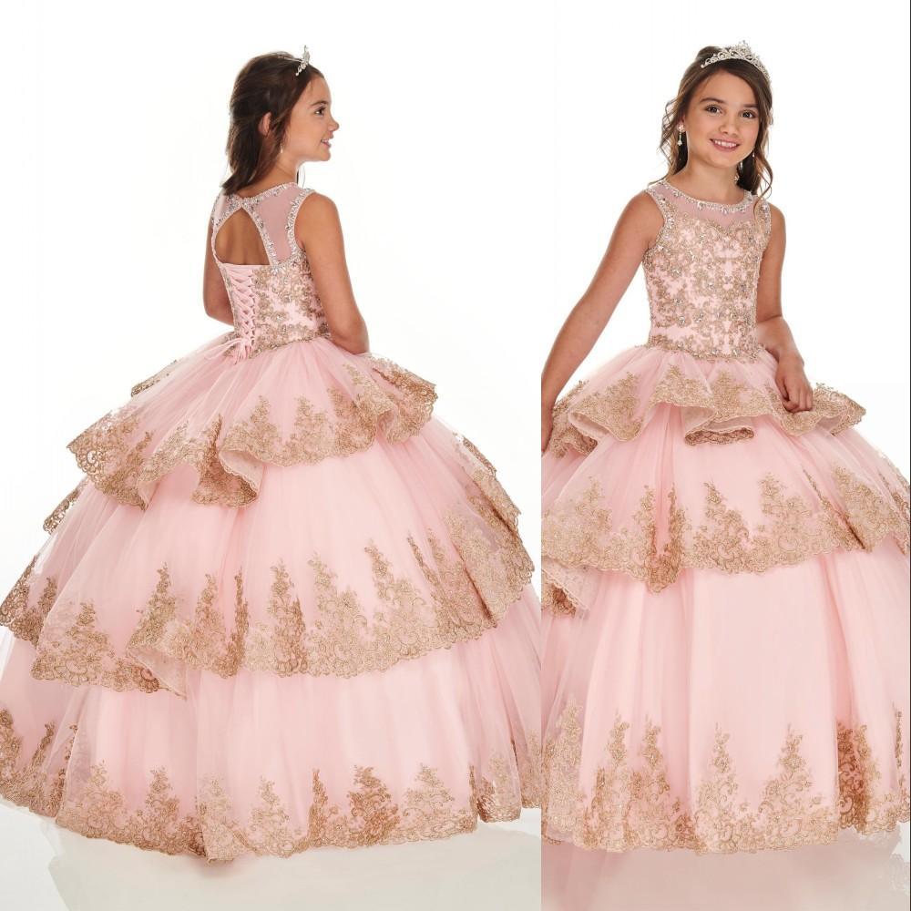 분홍색 꽃 파는 소녀 드레스에 대한 결혼식 보석 목 레이스 아플리케 크리스탈 구슬로 만드는 계층화된 작은 아이들이 아기 가운 첫 번째 친교 드레스