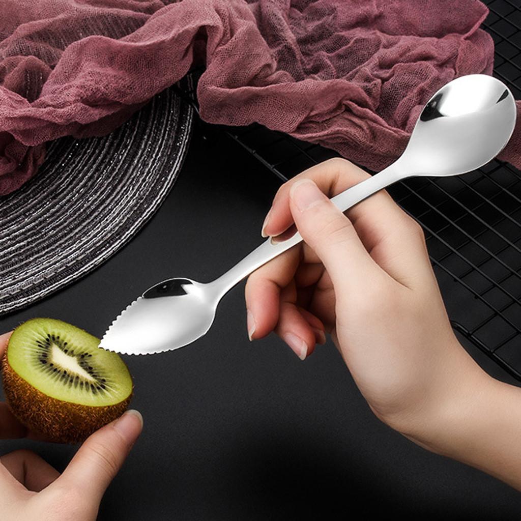 2PCS из нержавеющей стали Грейпфрута скребок Ложок зубчатой Sawtooth Ребра Кухни Длинных ручки Многофункциональные детское питание Готовит