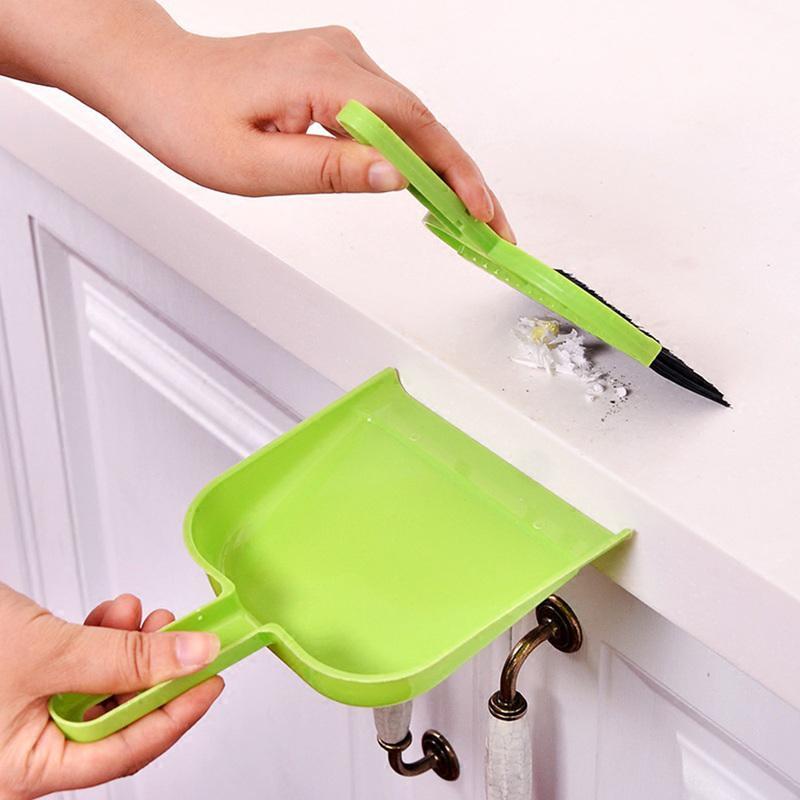 الاجتياح سطح البسيطة تنظيف فرشاة المكنسة الصغيرة المنزلية المجرفة مجموعة الطابق الأنظف فرشاة الغبار Wholesael الساخن