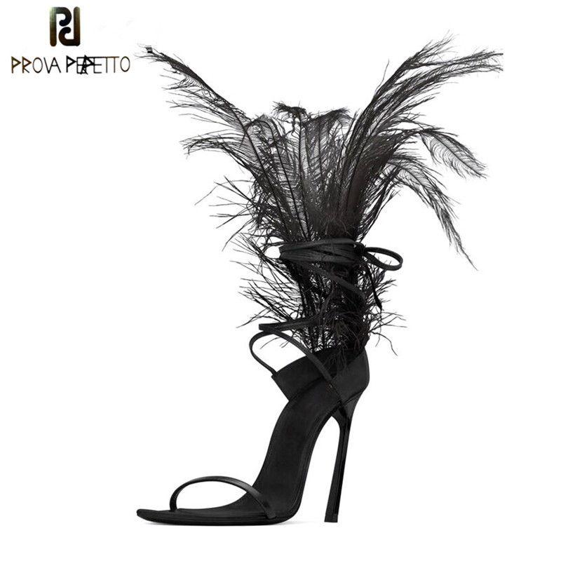 Sexy schwarze Feder-Sandalen für Frauen Strauß Haar Dekor dünne hohe Absätze Tanzschuhe Damen-Pelz-Sandelholz-Partei zapatos de mujer CX200611