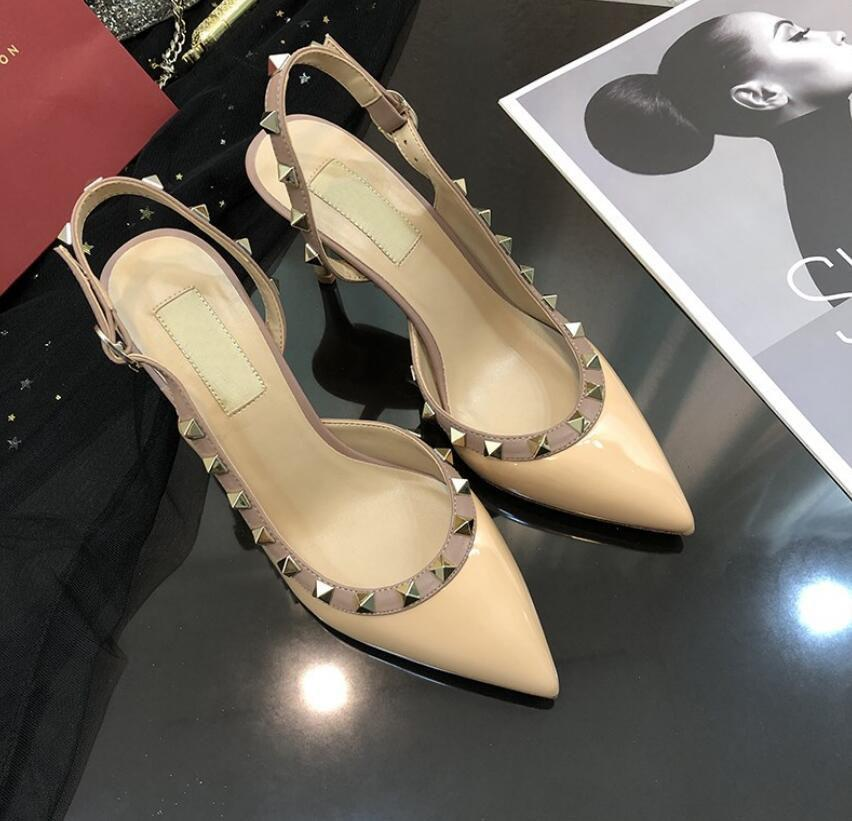 Venta caliente-moda mujer bombas Casual diseñador oro mate cuero tachuelas picos slingback zapatos de tacones altos