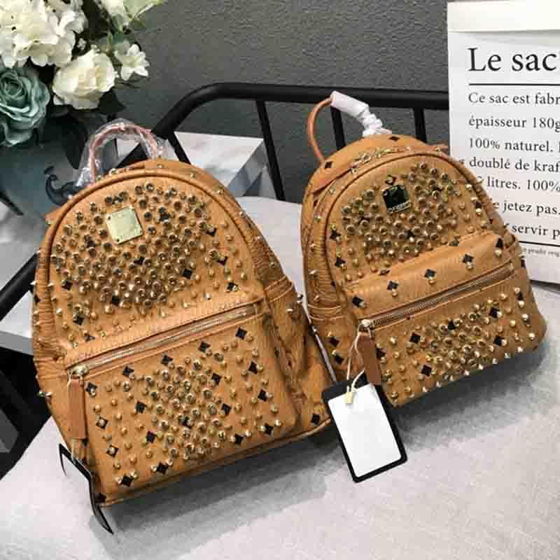 Women designer backpacks men school backpack leather sac a dos rivet backpack fashion bag high quality laptop bag 2018