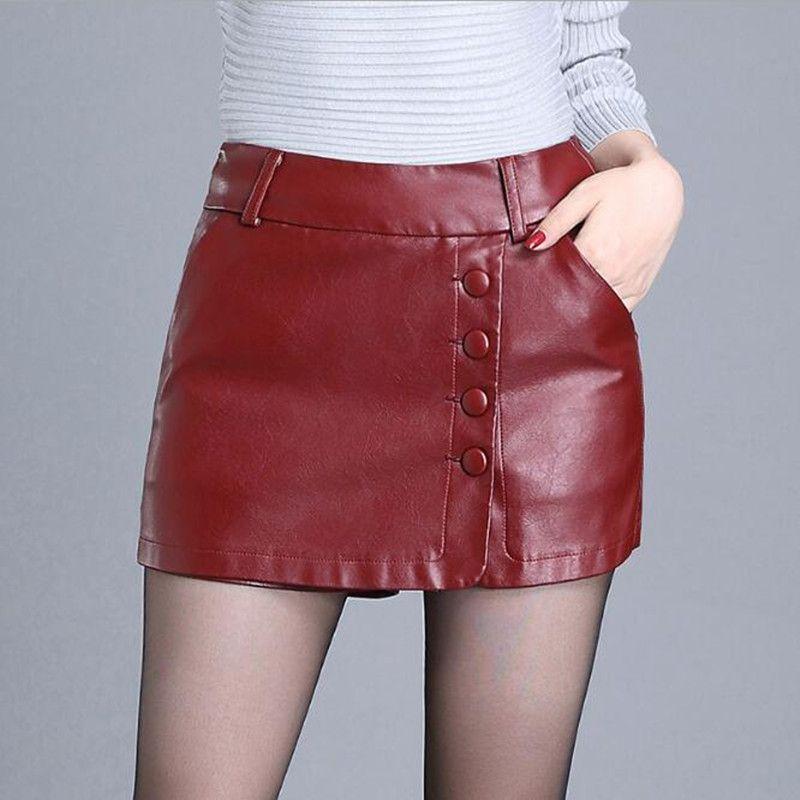 Qualität PU-Leder-Shorts Frauen Herbst-Winter-Mode-Rock-Hosen-Kurzschluss koreanische falsche zwei Stücke Leder Shorts Stiefel Hosen plus Größe 4