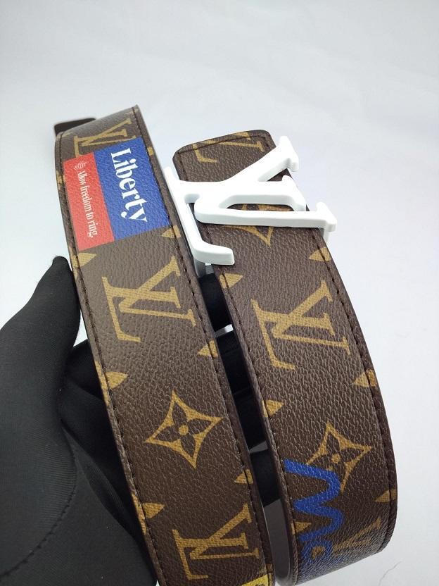 Moda Uomo cinghie designer di lusso Cintura Uomo Donna Marca cinture casual L Lettere Logo inarcamento liscio 12 stili 38mm Larghezza di alta qualità con la scatola