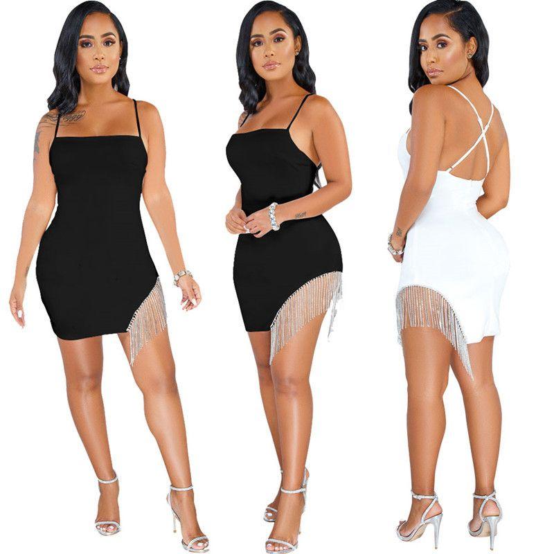 Kadınlar, mini düz renk püskül seksi kulüp şık yaz giyim spagetti kayış kolsuz kılıf sütun akşam parti elbise 0090 giyiniyor
