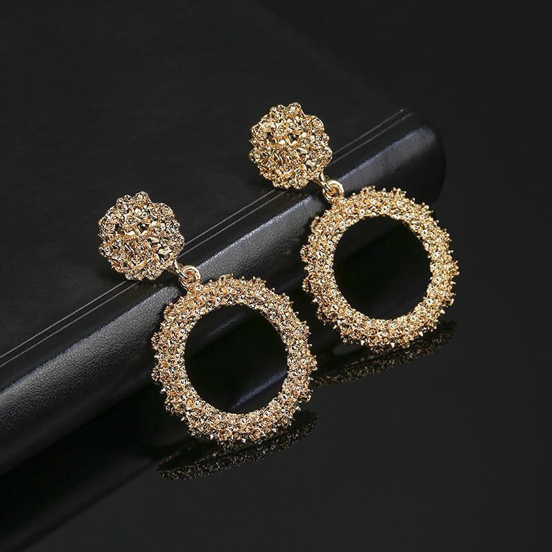 Laramoi Big Hoop Brincos para Mulheres geométrica da festa de aniversário da jóia Os melhores presentes para amigos cor do ouro Beleza fêmea Brinco