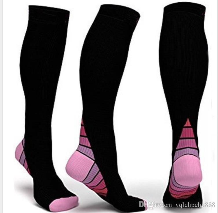 Les chaussettes de football de compression de sport en plein air en cours d'exécution des femmes enceintes étirent chaussettes leggings à cheval leggings hommes et les femmes