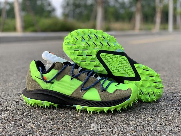 CD8179 300 New Release Authentic Off Zoom Terra Kiger 5 Zapatos Para Correr Atleta En Progreso Hombres Mujeres Zapatos De Baloncesto CD8179 001 Por