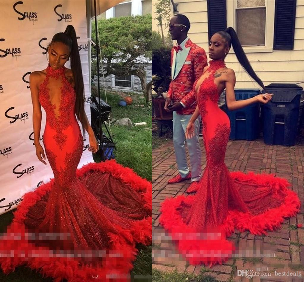 Sexy Red Feather Mermaid 2K19 Prom Dresses 2019 Backless Halter Vintage Lace Plus Size Black Girls African Arabic Formal Evening Party Gowns