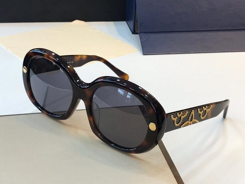Atacado-Nova moda de venda para as mulheres designer de óculos de sol charme óculos de armação de óculos de sol tendência avant-garde estilo óculos de qualidade superior