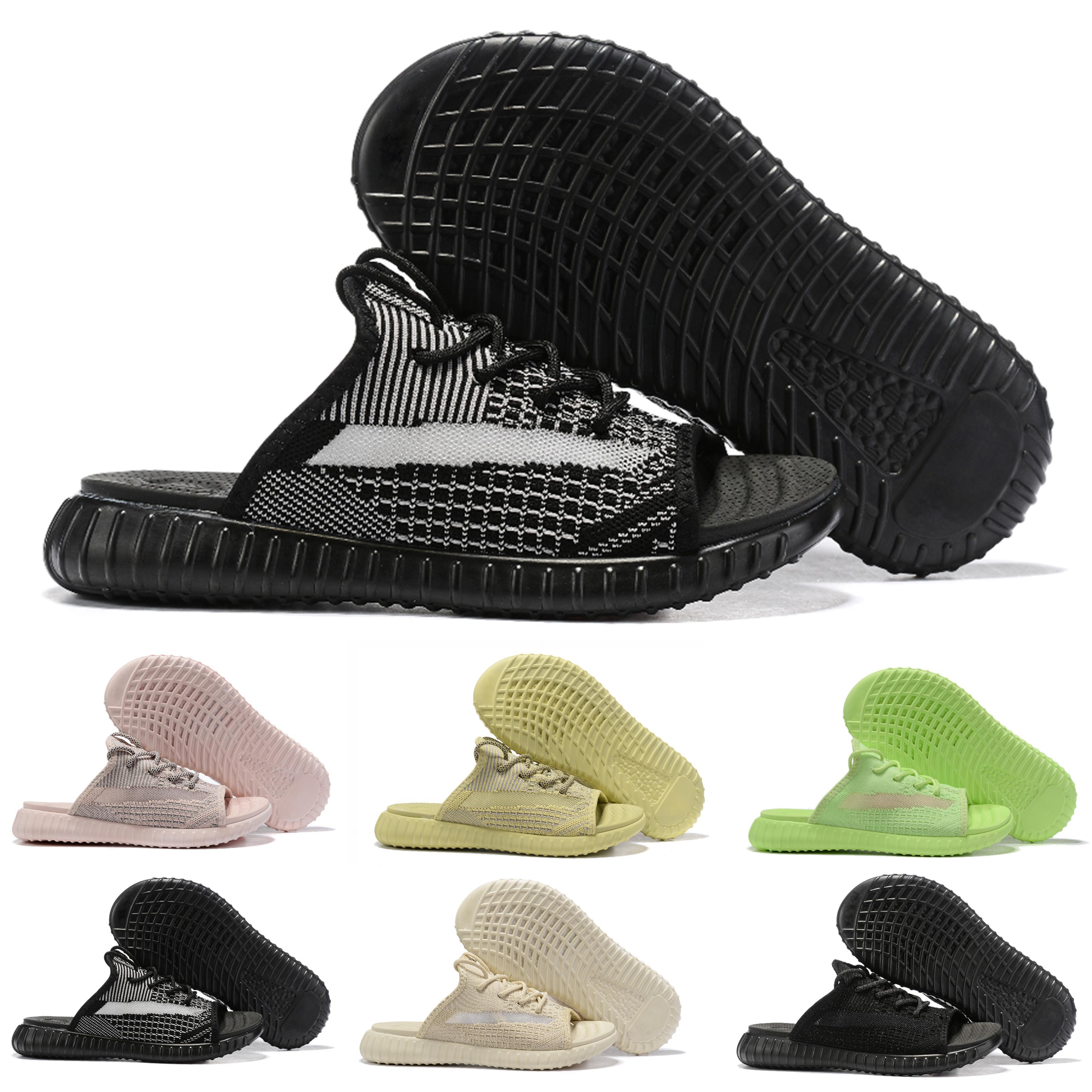 2020 Designer Sandales V2 véritable forme Hyperspace argile statique statique Refective Zebra Bred Femmes Hommes Prestige Plage Slipper Tongs Chaussons