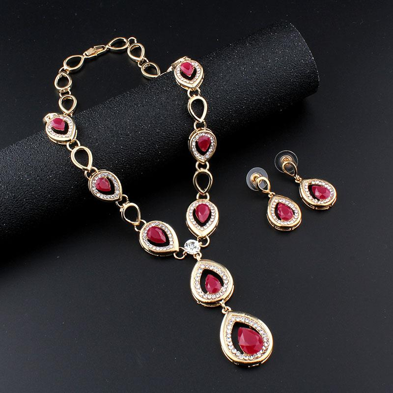 2017 Fashion Bridal Jewelry Sets Gold color Earrings Necklace Set Rhinestone Jewelry For Wedding Dress Accessories Shipping