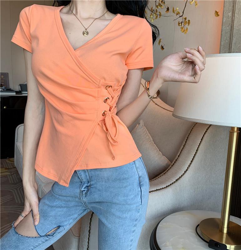 2020 Primavera e Verão New Summer Fashion Temperamento All-match-coreano irregular Lace-up Vestuário Womens T-shirt Camisa branca