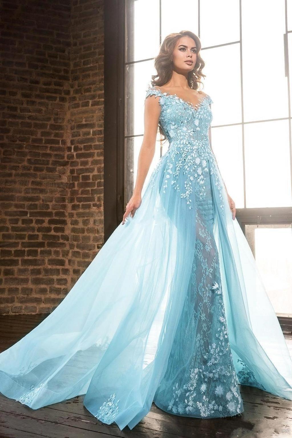 2019 New Luxury Light Blue Sheer Jewel Neck Vestidos de noche A-Line Encaje Apliques Beads Overskirts Vestidos de noche Vestidos de fiesta