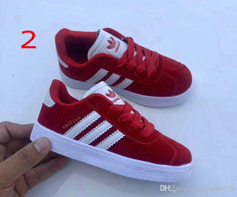 la mode des chaussures de sport en plein air de chaussures de basket-ball d'antilope pour enfants enfants marque chaussures plates occasionnels A et la taille D 25-35