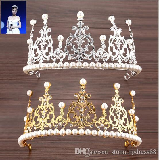 2021 Royal Designer Gold Sliver Wedding Tiaras com Pérolas Cristal Romântico 15 * 7.5 Headpieces para Noiva de Casamento Principais Girls Barato