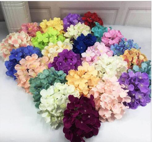 50pcs / Taschentuch künstlicher Hydrangeablume handgemachte Seide Rose Blume Kopf-Hochzeitsdekoration Blumenwand 16 cm Hydrangea Kopf wholesal