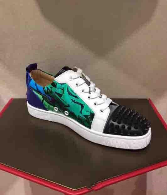 Дизайнер Seavaste 2 Шипы Повседневные кроссовки обувь лакированная кожа Младшие Туфли с красной подошвой Mens Casual Shoess Luxury Walking Бесплатная доставка
