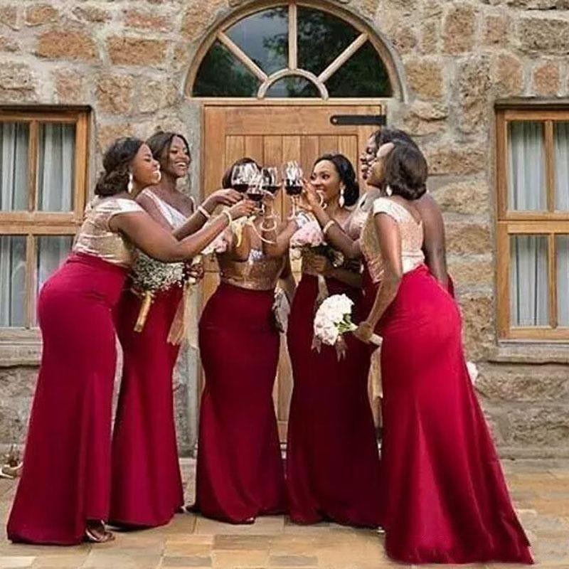 저렴한 인어 신부 들러리 드레스 2019 섹시한 골드 스팽글 탑 부르고뉴 새틴 민소매 바닥 길이 플러스 크기 맞춤 웨딩 게스트 가운