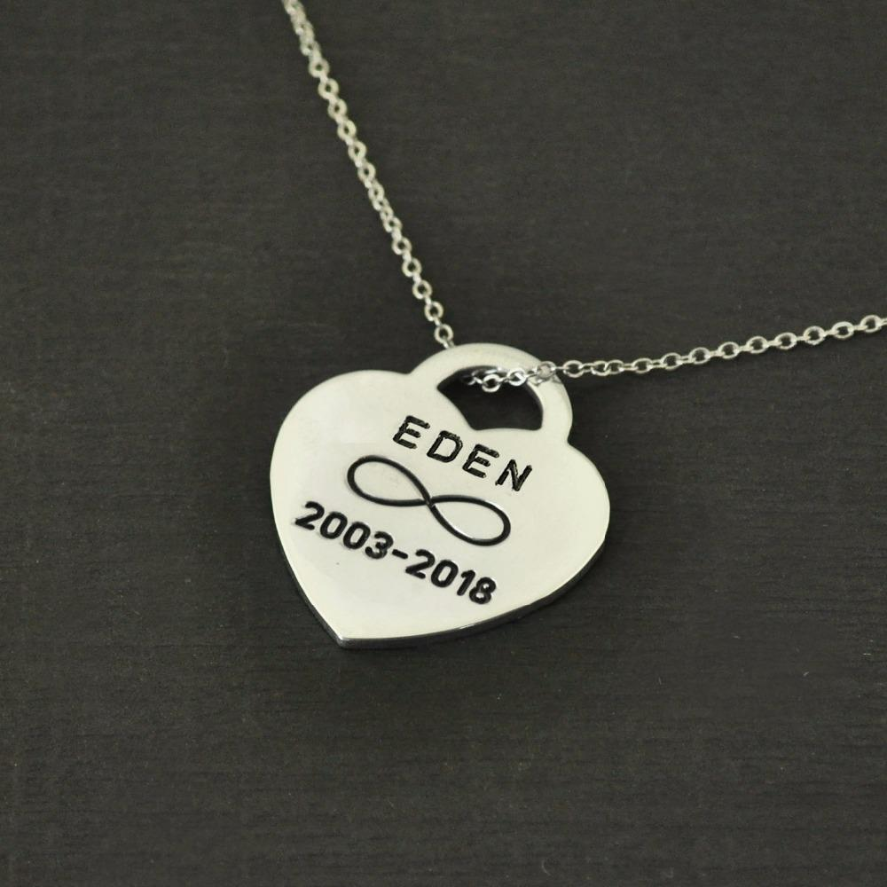 LiFashion Personalised Engraved Cat Dog Bone Necklace,Stainless Steel 1-4 Bone Tags Paw Print Pendant Customised Pet Memorial Necklaces,Custom Pet Loss Gift for Men Women