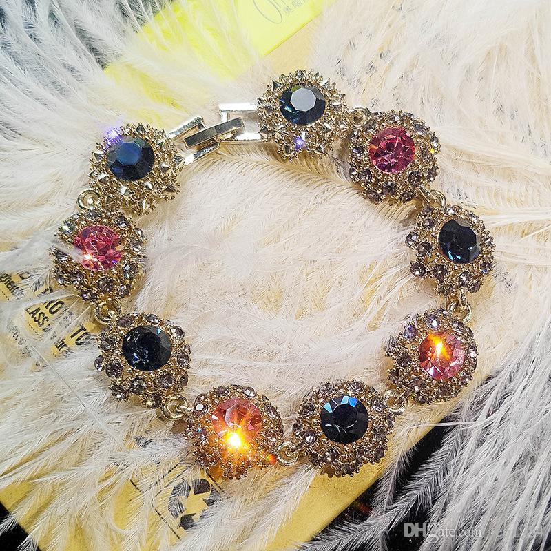 Superflash Water Diamond Retro Bracelet Versione femminile coreana di personalità semplice Boudoyenne Gift Atmosphere Joker Bracelet Ring