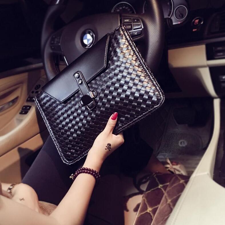 Factory direct selling brand men handbag woven men wrist bag business leather fashion hand envelope bag fashion woven leather mens shoulder