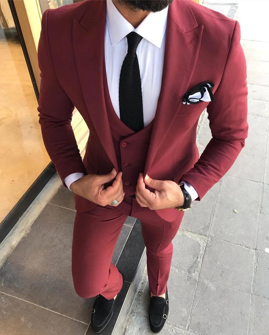 Borgoña boda esmoquin 2020 Hermoso formal ocasión partido trajes para hombre enarboló la solapa de ajuste delgado Blazer Allí piezas (chaqueta + chaleco + pantalones) AL6485