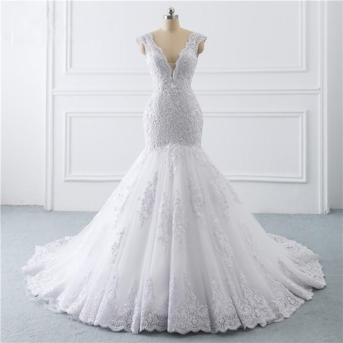 Trumpet Mermaid Wedding Dresses 2021 V Neck Cap Sleeve Bridal Wedding Gowns Lace Applique with Crystal Beaded Low Back robes de mariée