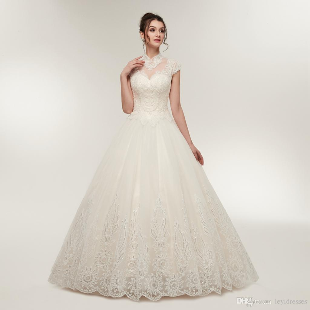 Superbe modeste col montant Une ligne dentelle Applique dos ouvert de mariage Robes Custom Made Robes de mariée Plis de mariage Robes de mariée