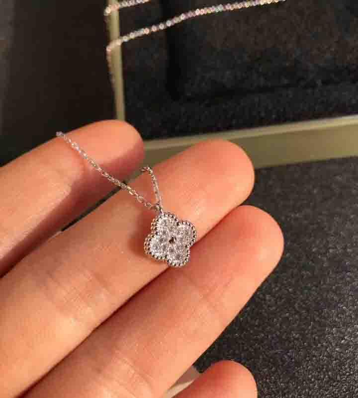 S925 Sterling Silver mini flower pendant necklace with all diamonds for women wedding necklace bracelet gift jewelry Free Shipping PS8008