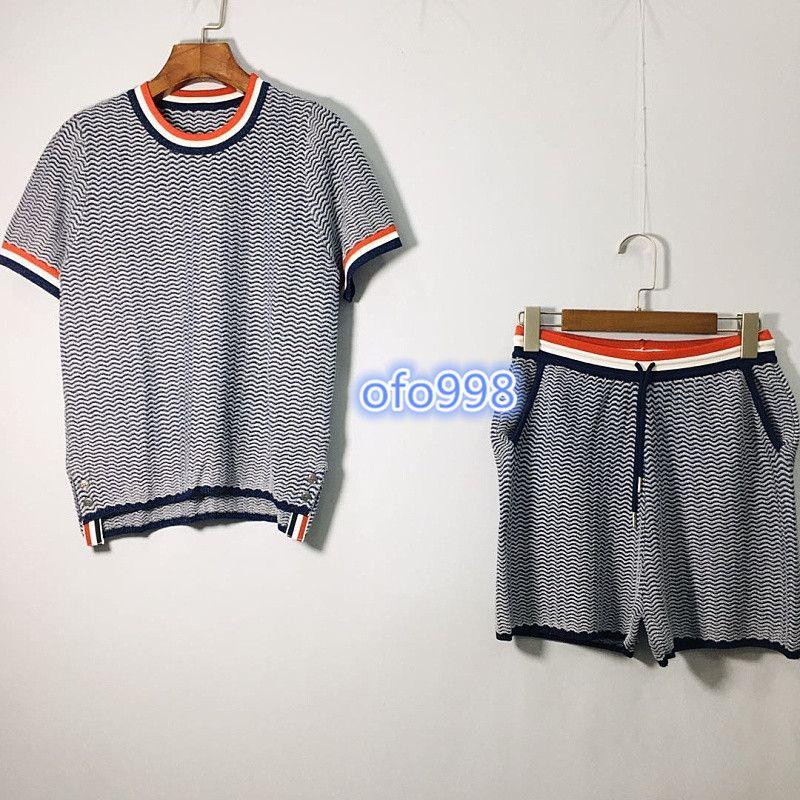 2020 pantalones cortos de las mujeres de las muchachas de gama alta de punto se adaptan a los mejores manga corta patrones geométricos pritning camiseta y pantalones cortos para mujer del traje de la moda