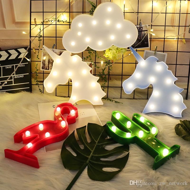 HOT LED das luzes de Natal da lâmpada bonito decoração da luz de forma abacaxi em casa na noite Quarto Crianças Abajur Flamingo Unicorn sem bateria