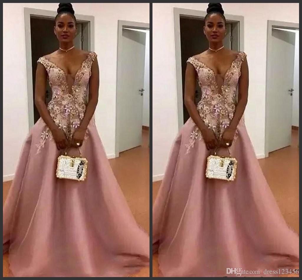 2019 새로운 남아 프리카 공화국 깎아 지른 목채 식물 Appliques 이브닝 가운 층 길이 지퍼 뒤로 공식 파티 드레스 더스티 핑크 라인 프로모션 드레스