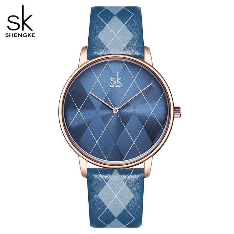 Shengke المرأة ووتش منقوش جلد فتاة سيدة ساعة اليد ساعة العلامة التجارية المعصم ساعة MONTRES فام ريلوخ موهير