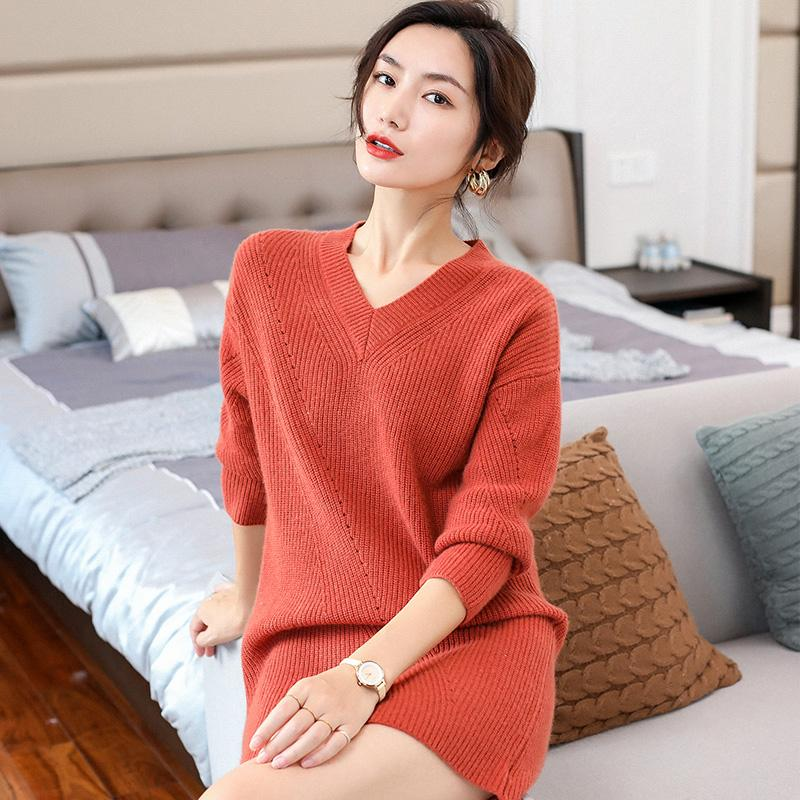 Fashion-cashmere sweater long skirt thick section V-neck ingot needle craft sexy one-shoulder dress party with coat 2019 autumn