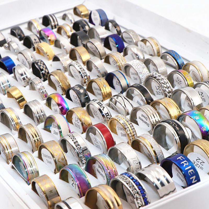 100pcs / lot all'ingrosso anelli dell'acciaio inossidabile Mix anello amanti Stili coppia per donne degli uomini dei monili del partito di modo della fascia regali di nozze Brand New