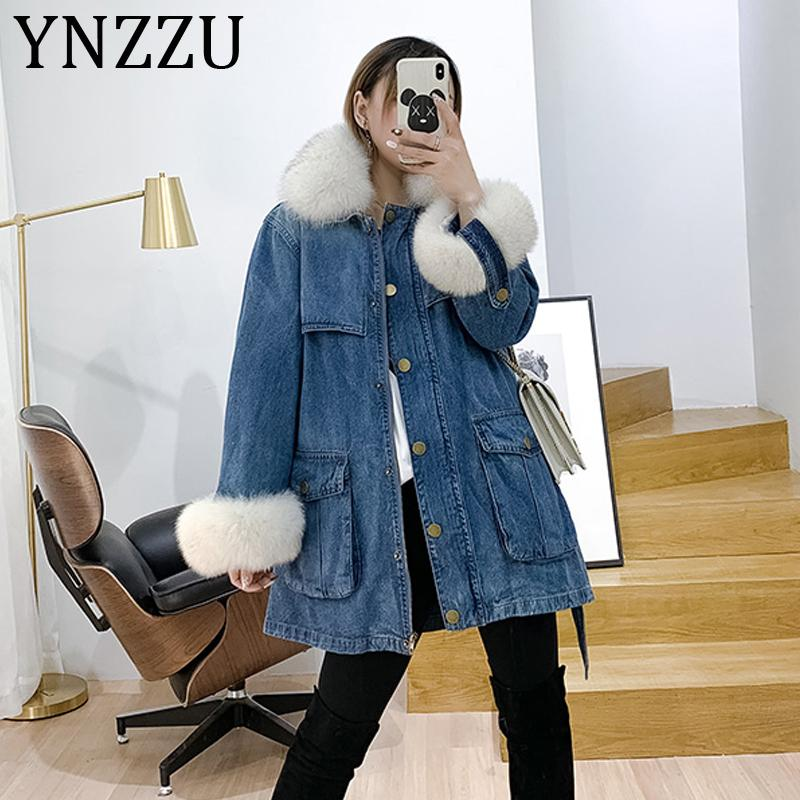 YNZZU 2019 Winter New Jeans Coat Women Chic Liner Detachable Duck Down Coat Female Real Fur Collar Warm Jacket with Belt A1193