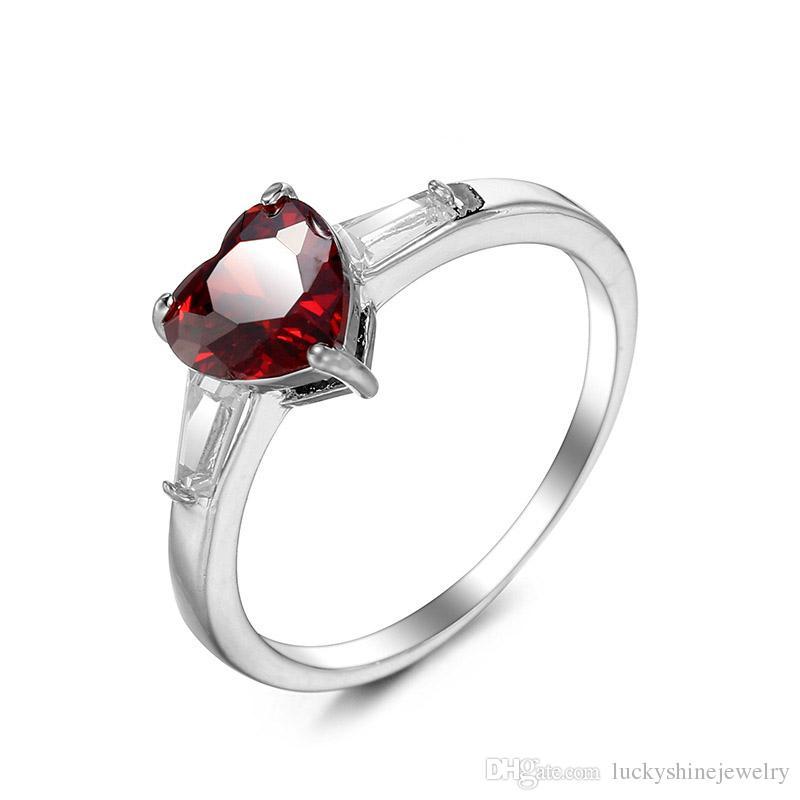 Luckyshine Body Party Jewelry Red Heart En forma de granate Gems Silver para mujer Anillos con Encanto 10 PCS