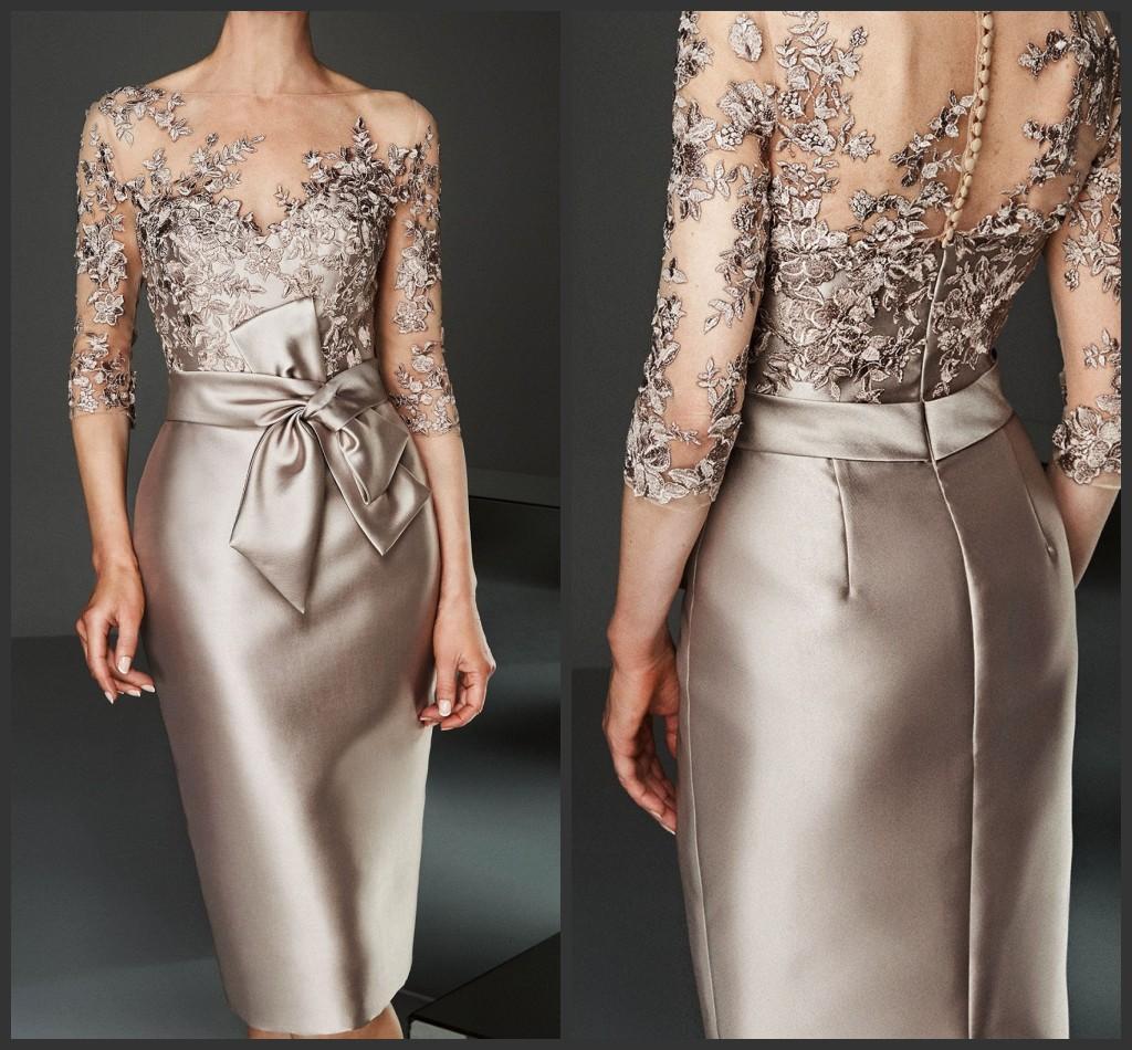 Champagne Lace Appliqued Bainha Mãe da noiva Vestido Plus Size 3/4 mangas compridas Joelho de comprimento Mãe casamento formal Visitante Vestido