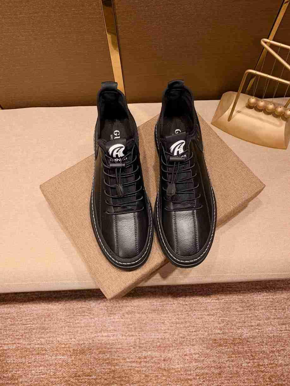 Erkekler yüksek kaliteli Moda Günlük Sneakers Yeni Yürüyüş Spor Ayakkabıları En erkekler kaykay ayakkabıları 0107205