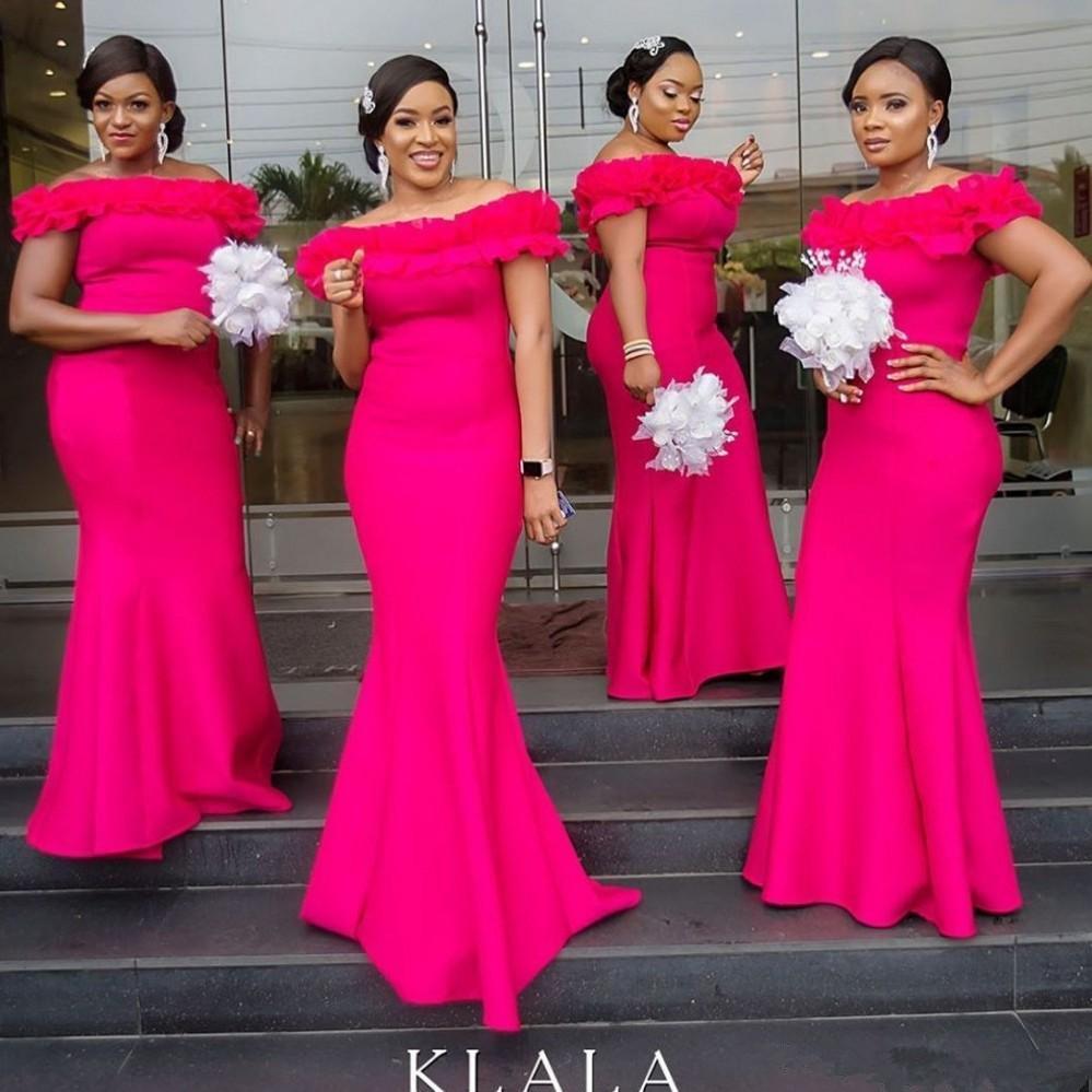 Pink Mermaid Brautjungfernkleider 2020 weg von der Schulter Satin Rüschen Robe Trauzeugin langen Hochzeit Gast Kleid