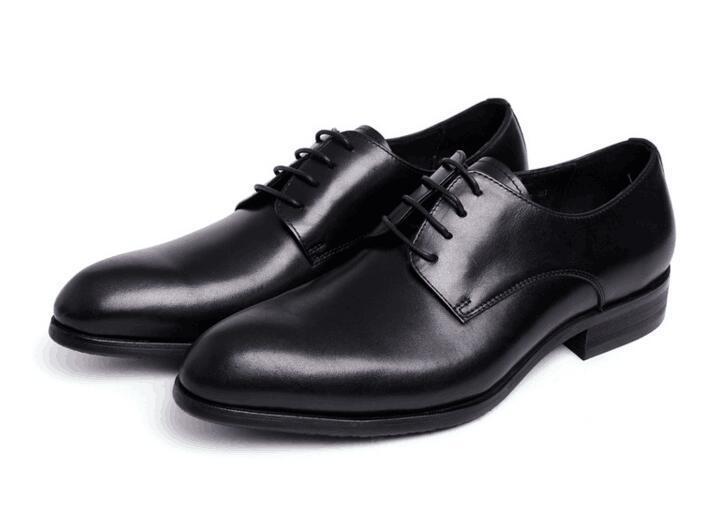 Homens de ponta pontiaguda para cima Sapatos verdadeiros De Couro Oxfords Sapatos de escritório sapatos de vestido novo estilo falt Sapatos Feitos À Mão Castanho Preto