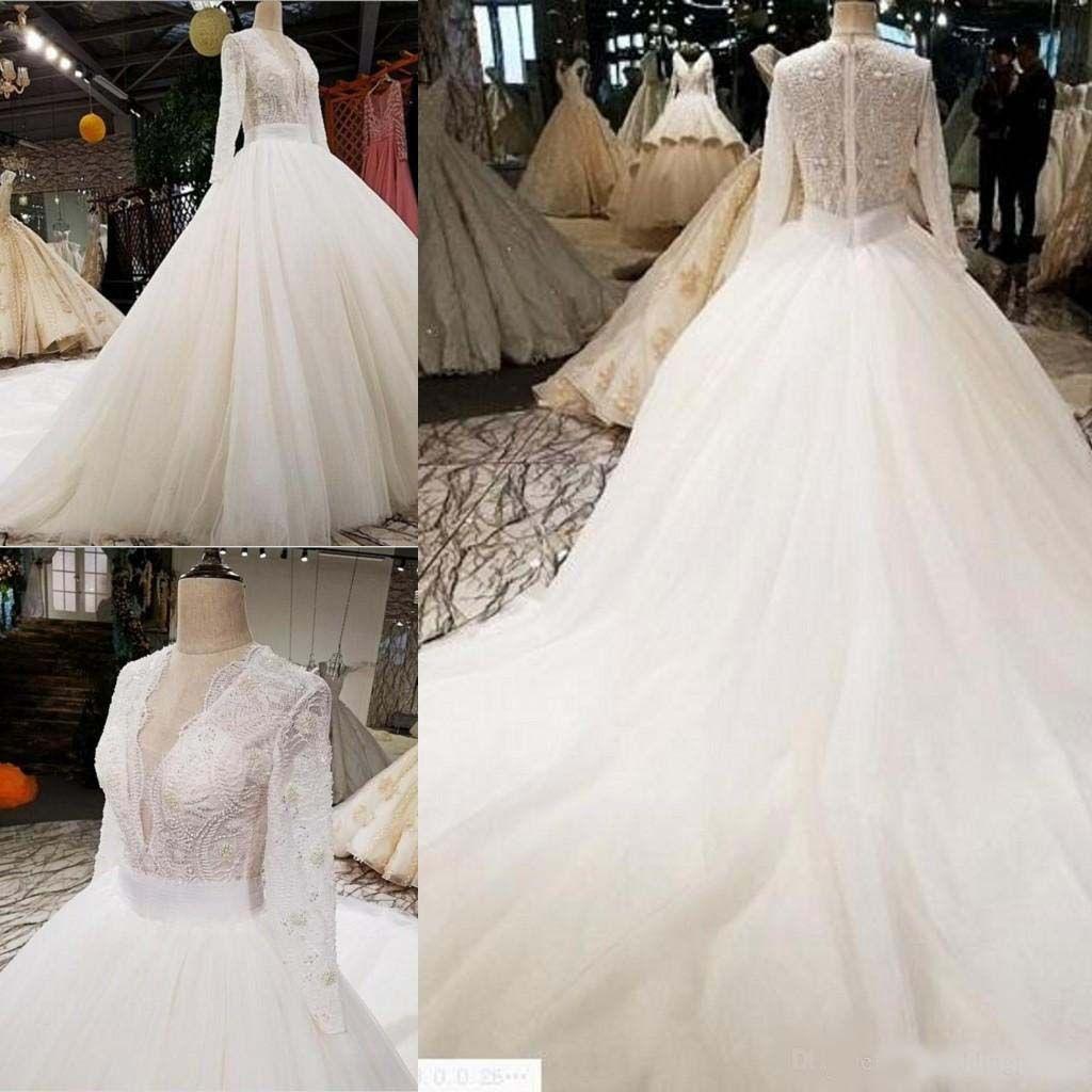 Luxuriöse V-Ausschnitt Langarm A-Linie Brautkleider Perlen Tüll Satin Hochzeit Brautkleider Plus Size Naher Osten Vestido De Novia