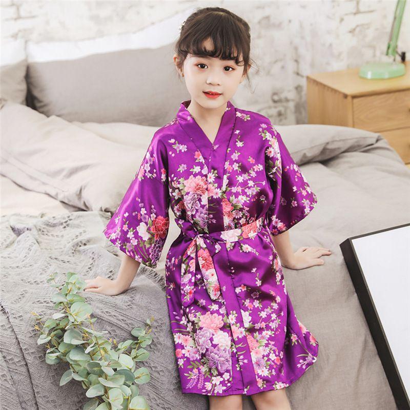 2020 Bahar Yaz Çocuk Saten Cornes Kimono Banyo Robe Çocuklar Çiçek Baskı Kız İpek Bornoz Çocuk V Yaka Dantel-up Gece