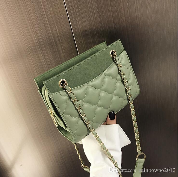Factory wholesale women handbag new classic plaid chain bag street trend wavy leather shoulder bag sweet little fresh leather chain bag
