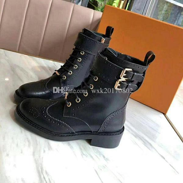 2018 New Womens Boots Classic Wild