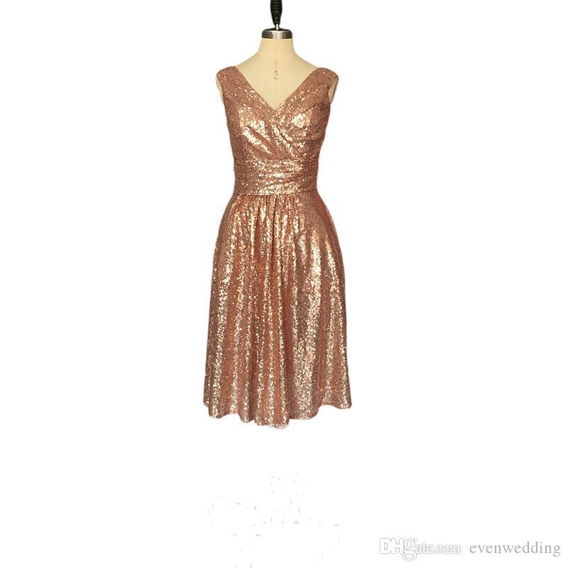 Lantejoulas de ouro curtas vestidos de dama de honra com pescoço V 2019 Bling comprimento do joelho vestidos de festa forma formal dama de honra