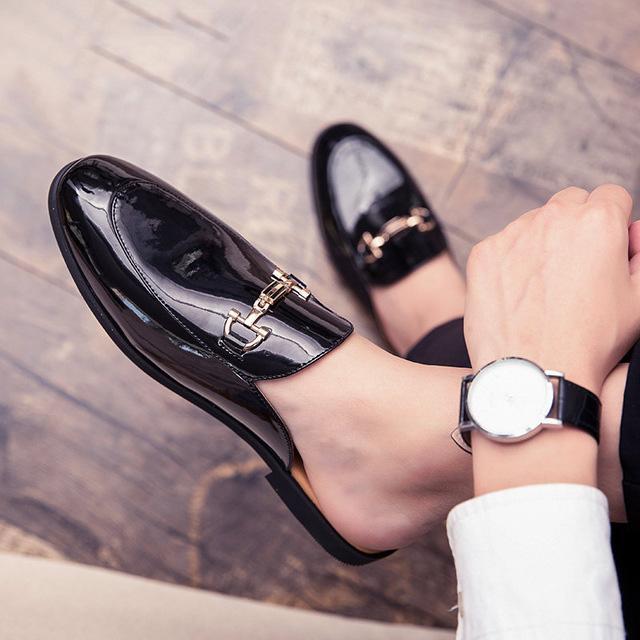 الإيطالي نصف للرجال أحذية جلدية براءات أحذية الرجال عارضة الساخن بيع كوافير مصمم أحذية رجالية الشرائح النعال بطي Meskie