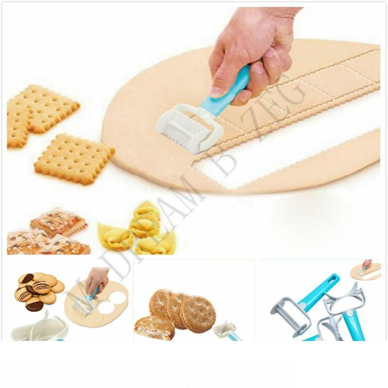 Eco-friendly Pie Mold Plastic Icing Spatula 3 Styles Cookie Cutter Rolling Biscuit Cutting Pastry Blade Square Circle Dough Cutter